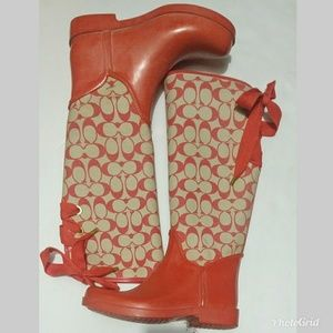 Barely worn Pink coach rain boot